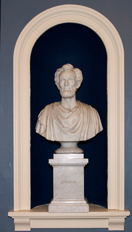 bust of LINCOLN, Abraham